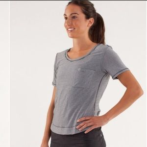 Lululemon Calm Short Sleeve Tee Sz 4